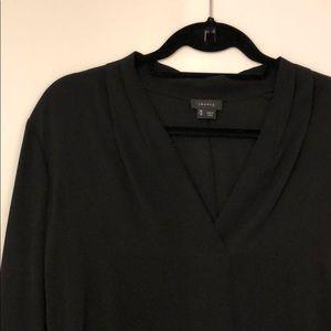 Theory v neck silk shirt